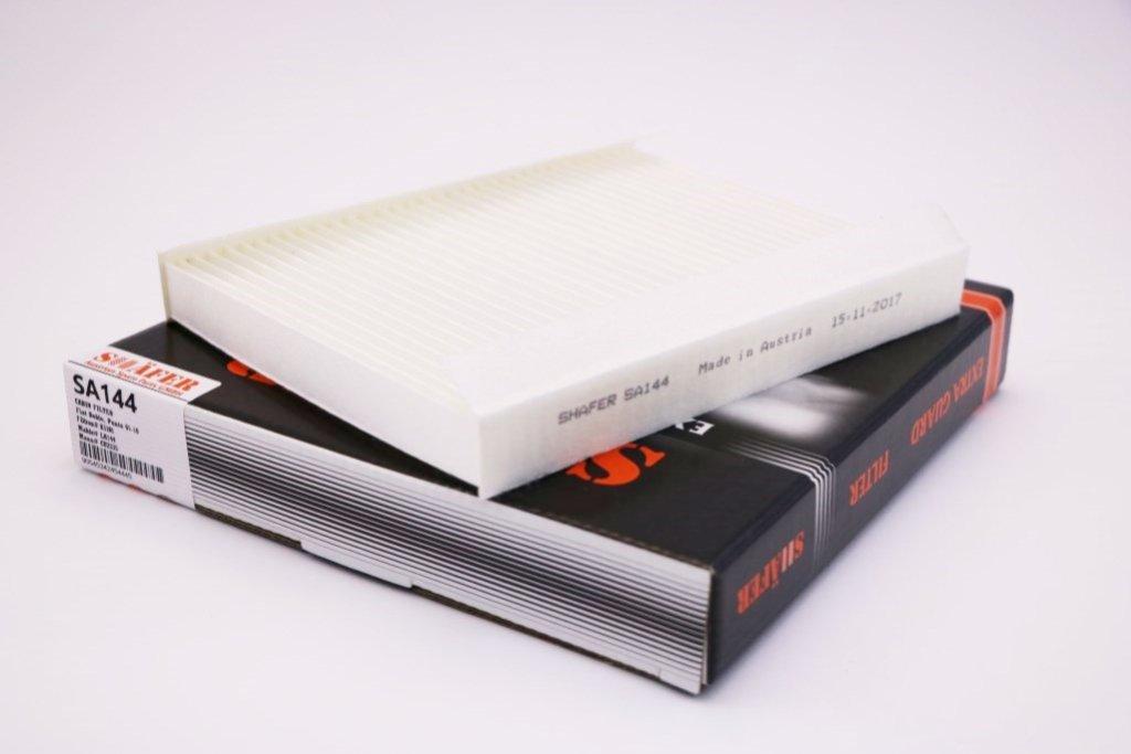 Фильтр салонный Fiat Doblo 01-10, Punto 02-10  LA144