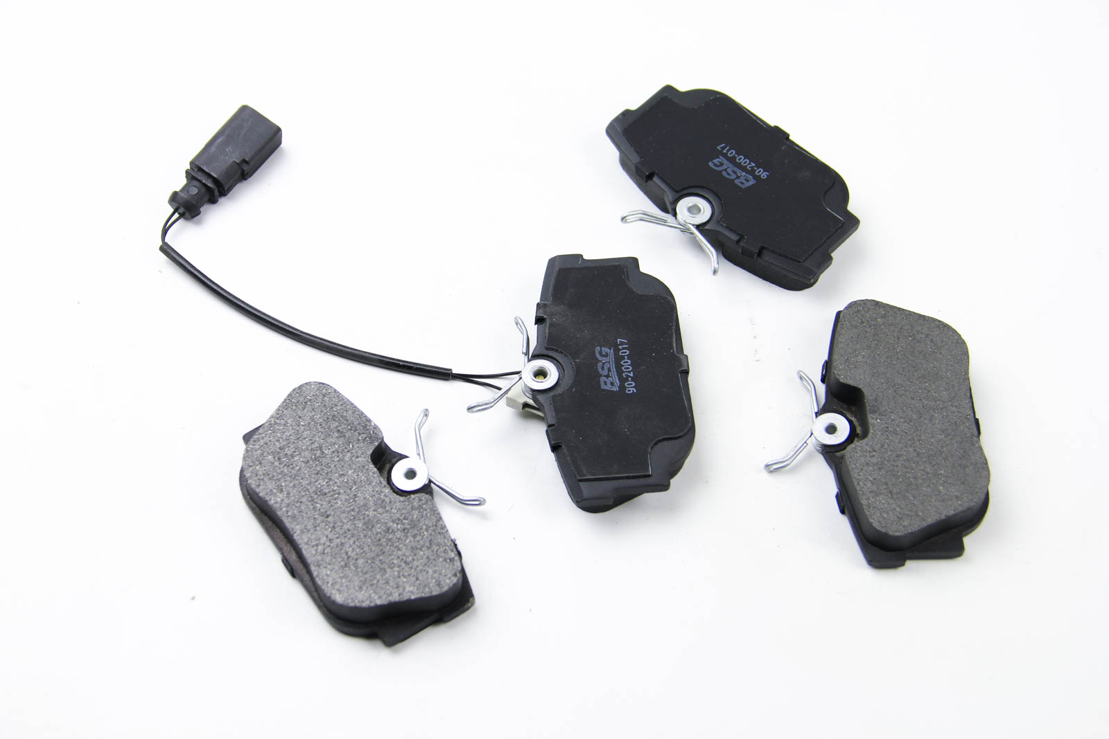 Комплект тормозных колодок, дисковый тормоз BSG BSG 90-200-017
