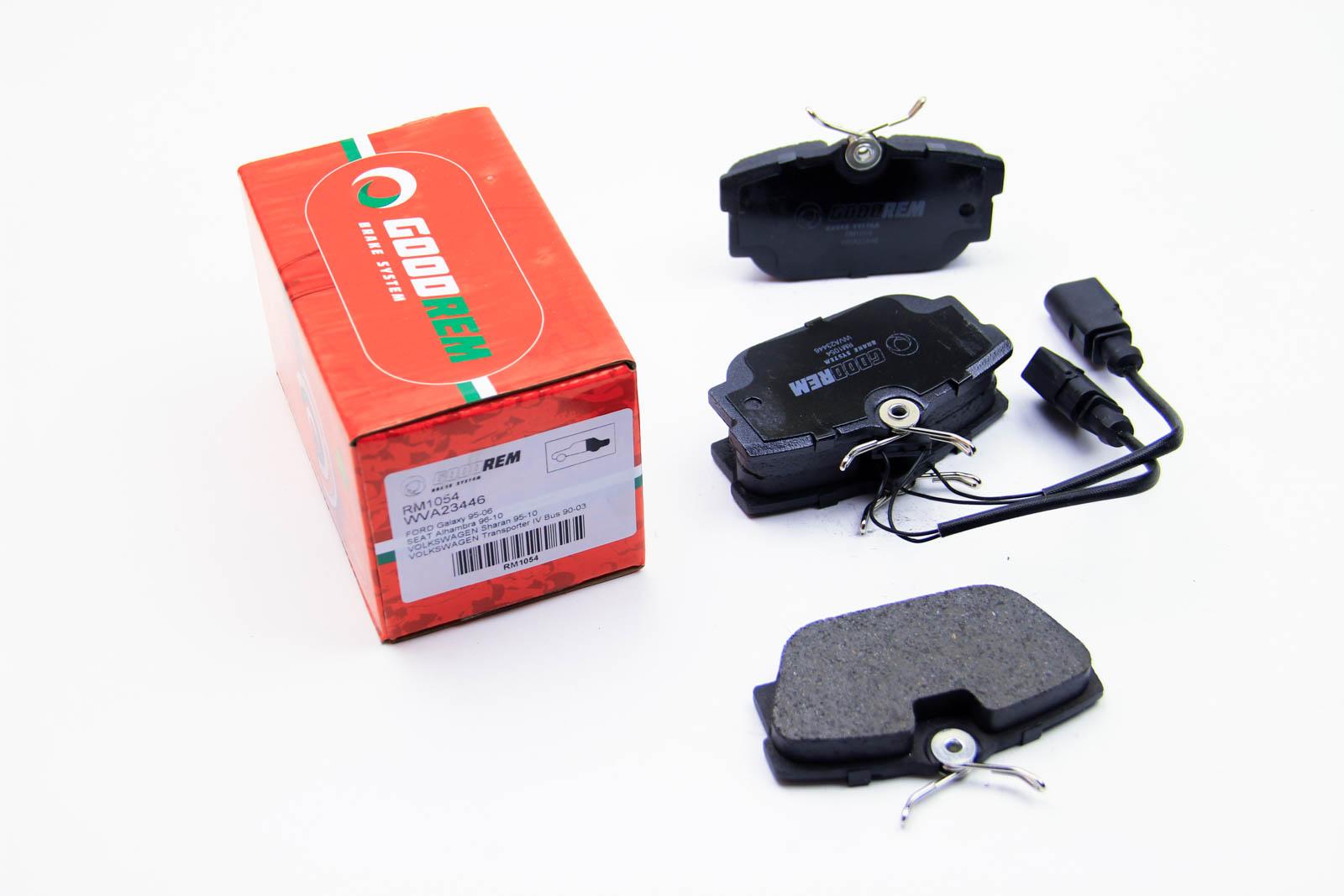 Тормозные колодки зад. T4 94-03/Trafic/Vivaro 01- (с датчиком)